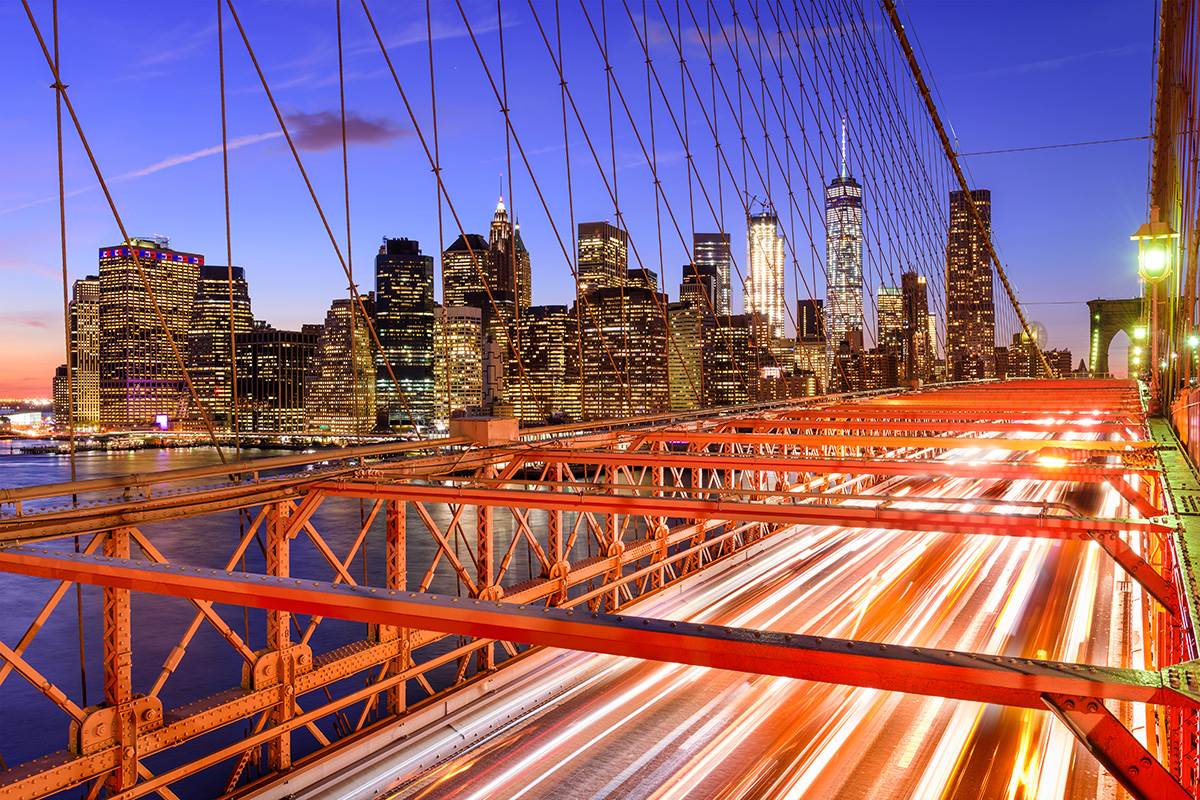 New York City financial district von der Brooklyn Bridge aus gesehen (Foto: SeanPavonePhoto, Envato Elements)